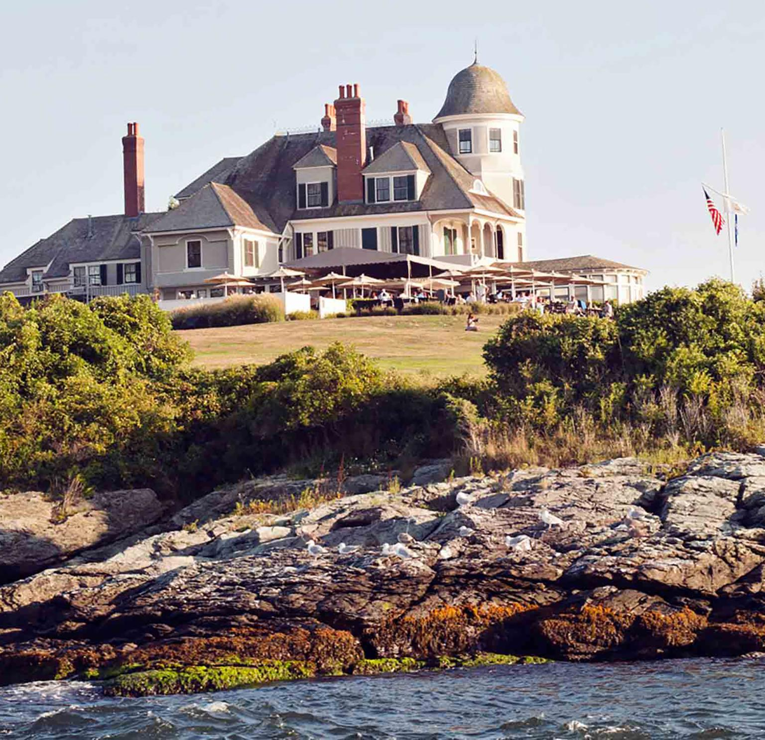 A Timeless New England Wedding At A Newport Mansion: New England Inns And Resorts