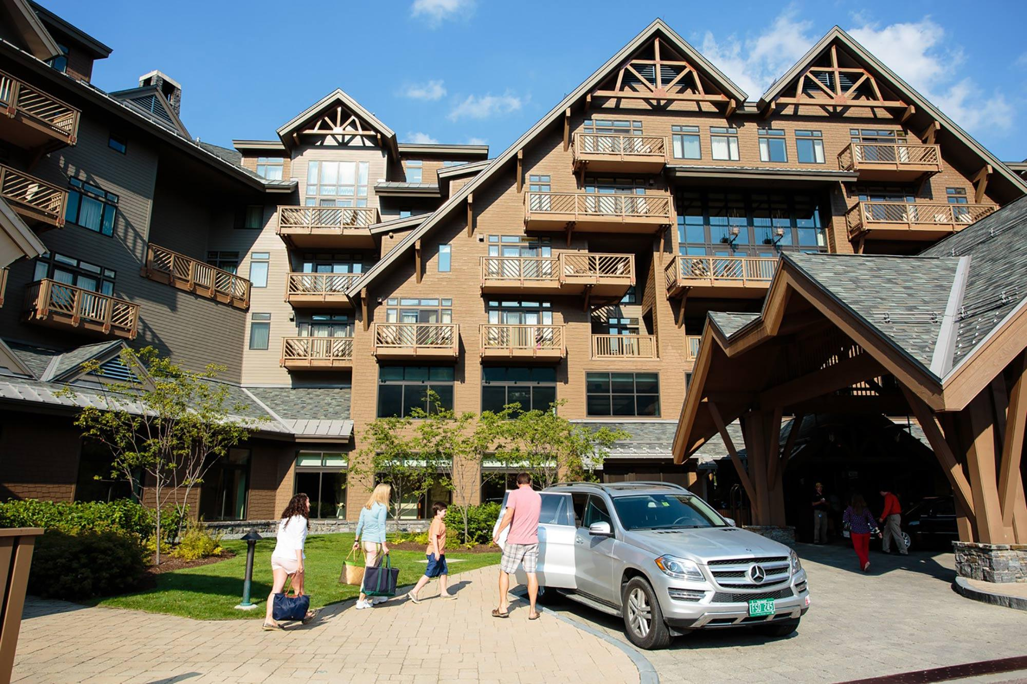 luxury lodging in stowe, vt | ski in ski out getaways & vacations