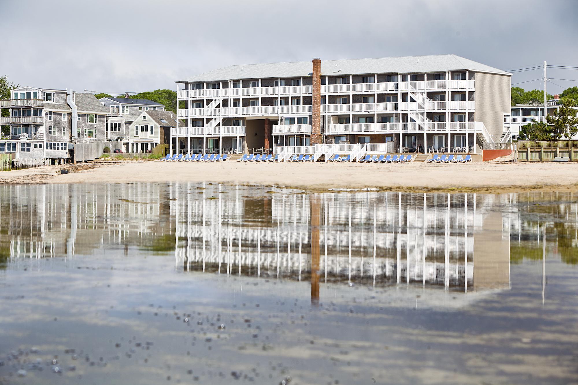 provincetown massachusetts lodging surfside hotel. Black Bedroom Furniture Sets. Home Design Ideas