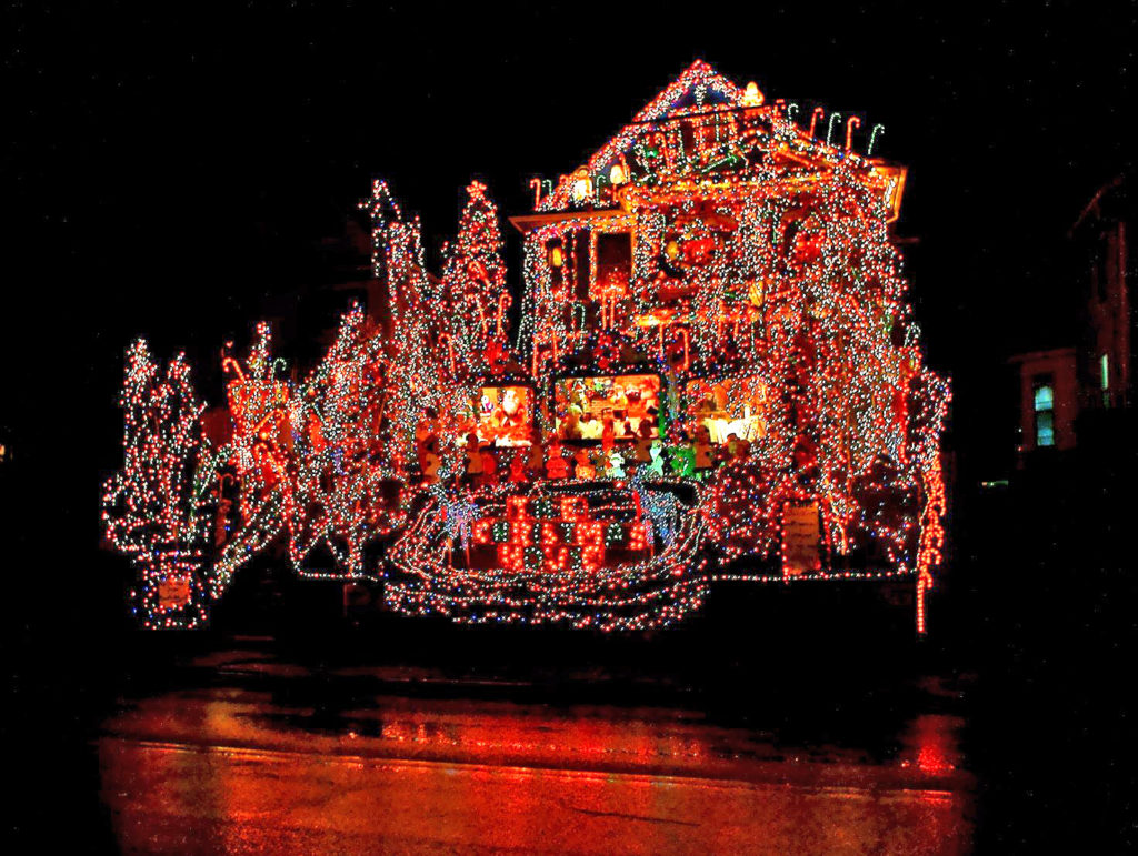 torrington christmas house