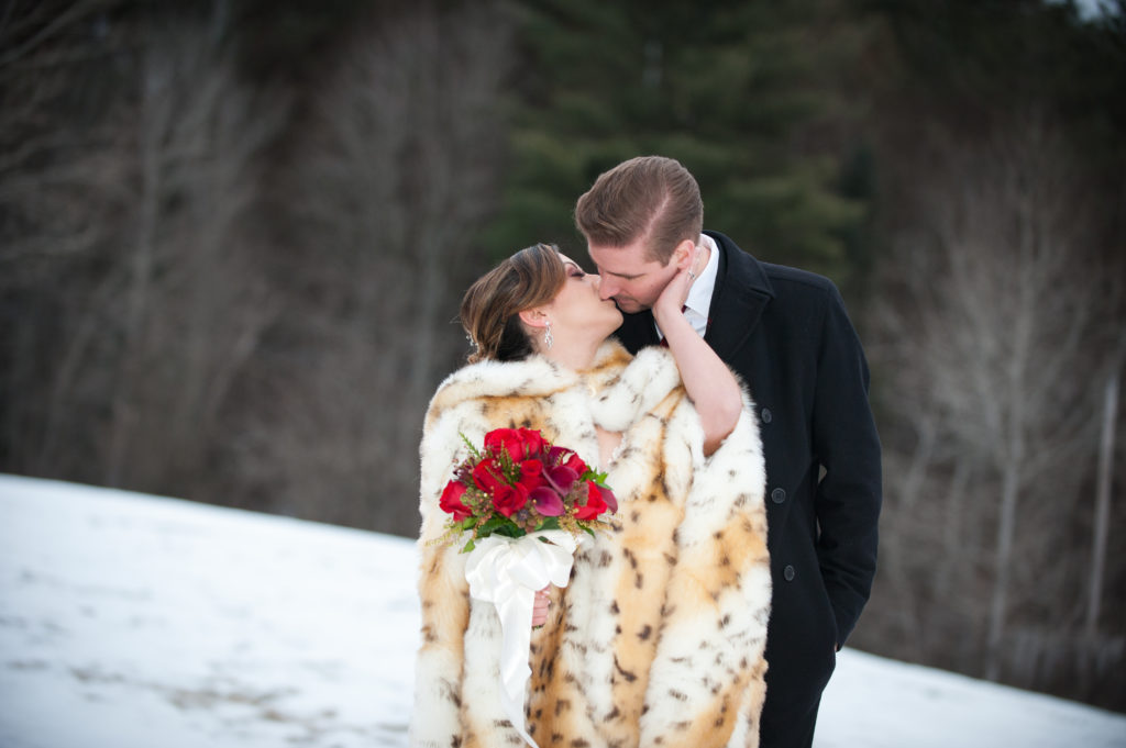 Winter wedding destinations in new england neira say i do at the red clover inn restaurant junglespirit Image collections